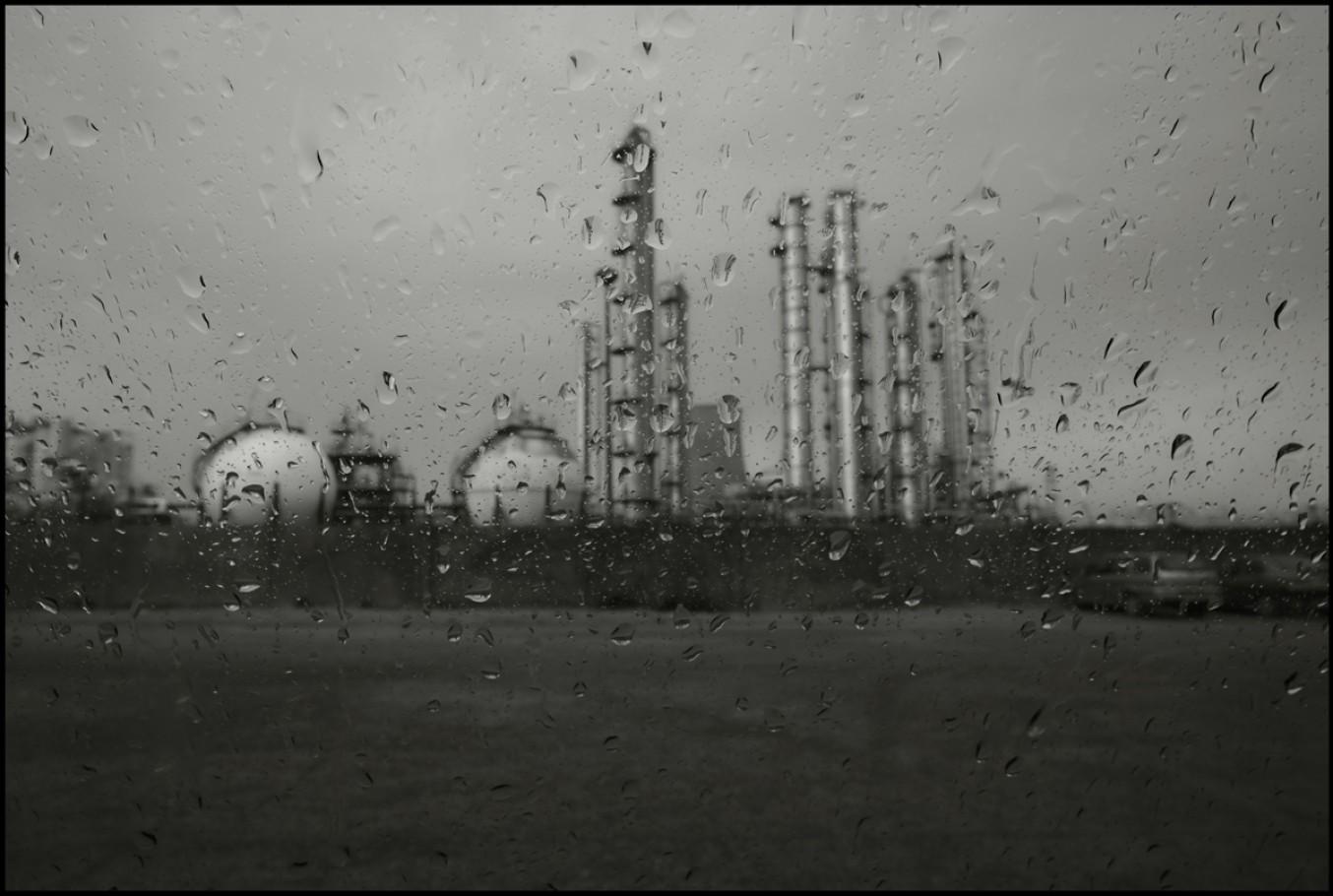 3 aprile 2006, zona industriale, stabilimento Enichem