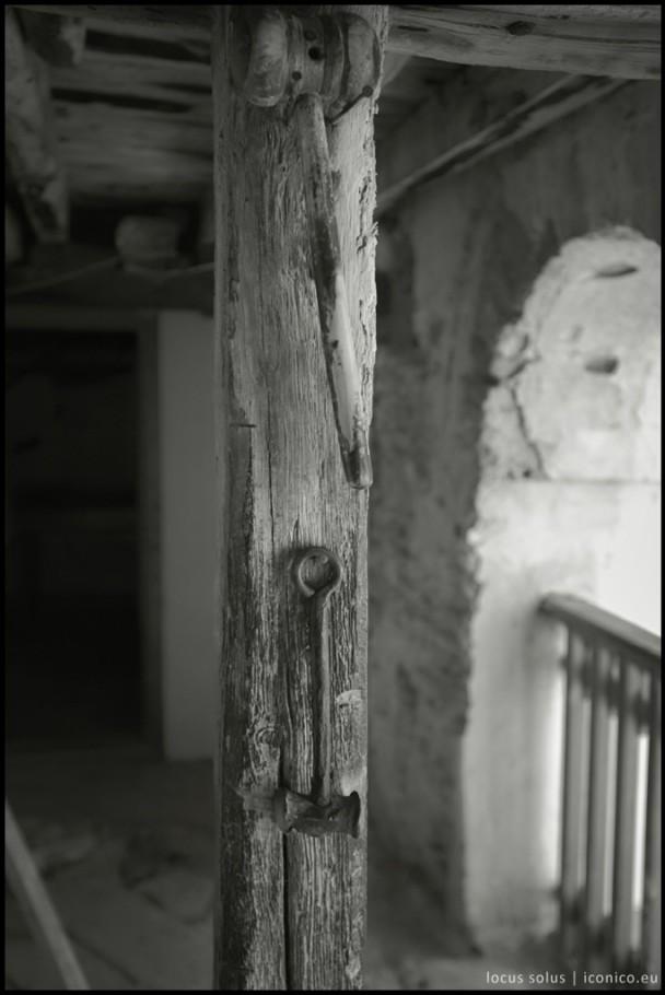 Martelletti che vengono battuti su assi di legno o metallo per richiamare i monaci