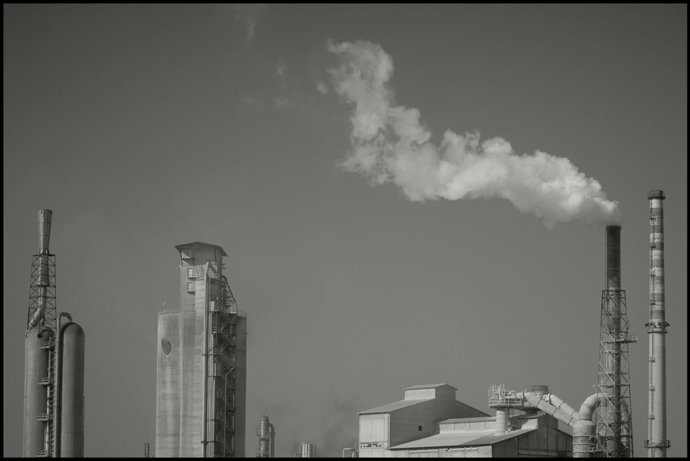 11 febbraio 2006, zona industriale